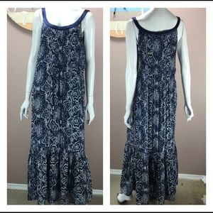Signature by Robbie Bee Blue Paisley Maxi dress
